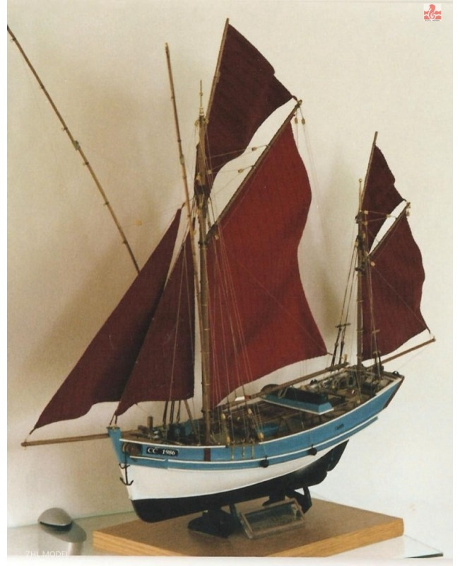 San Gilthas France classic fish boat Scale 1/45 26...
