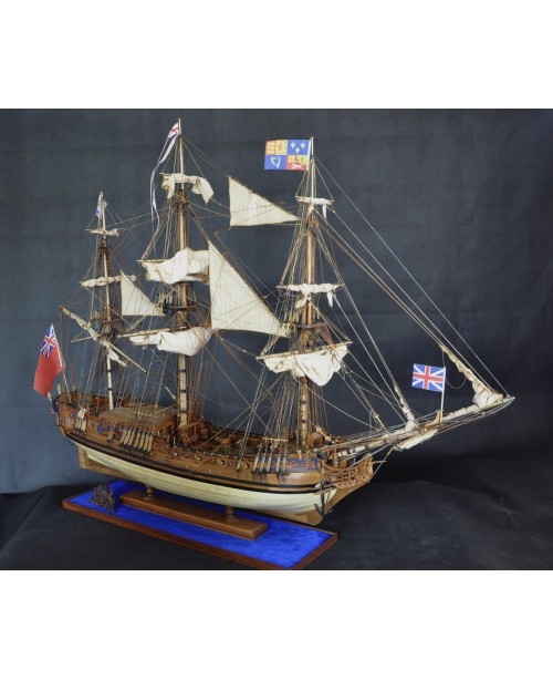 HMS Royal Caroline 1749 with mast 1/30 wooden mode...